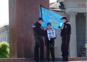Судили крымского татарина два дня: 76-летнего активиста с болезнью Паркинсона посадили на 10 суток