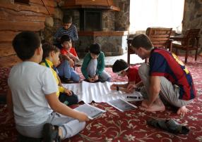 В лагере «Дружба» юные мусульмане проявили свои таланты кинематографистов и художников