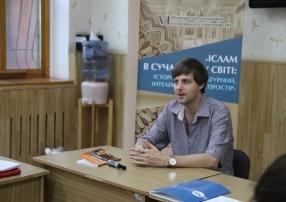 Михайло Якубович розповів про роботу над перекладами творів оманських літераторів