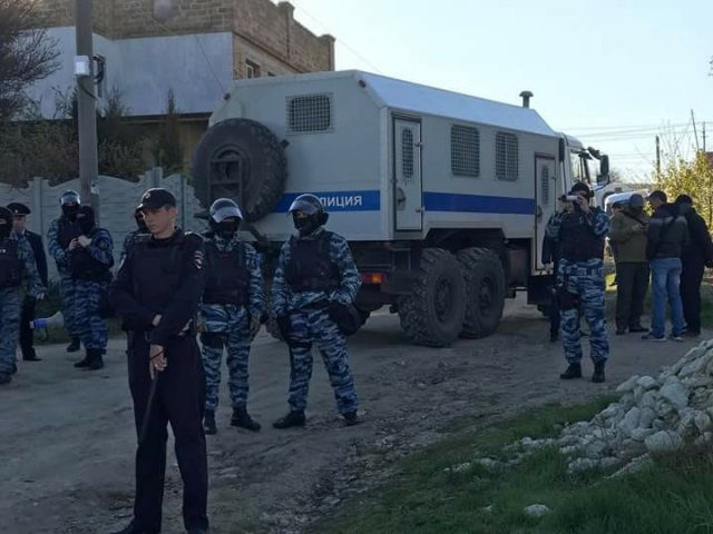 Верх цинізму і беззаконня: у Криму чергова хвиля обшуків і затримань