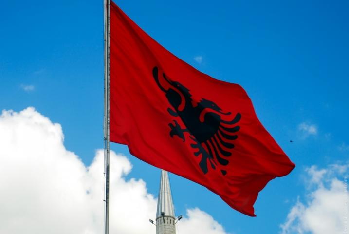 В Албанію — без віз!