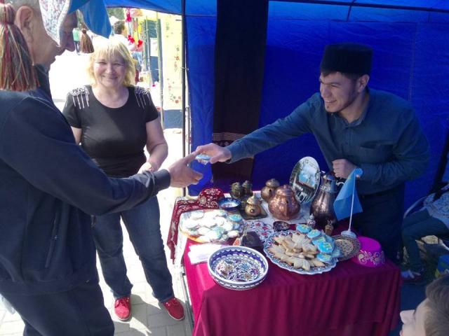 ІКЦ Запоріжжя взяв участь у туристичному фестивалі-ярмарку