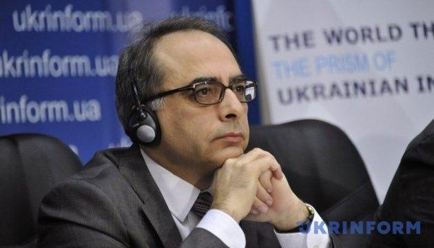 Турецько-українські відносини — це успішна історія, — Йонет Джан Тезель