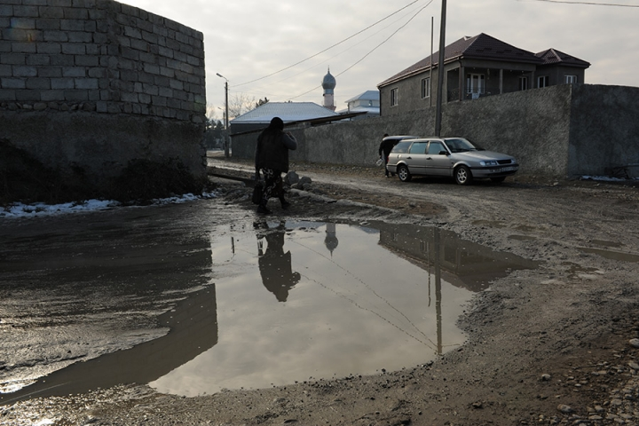 У Грузії дівчину не пустили на уроки через хіджаб