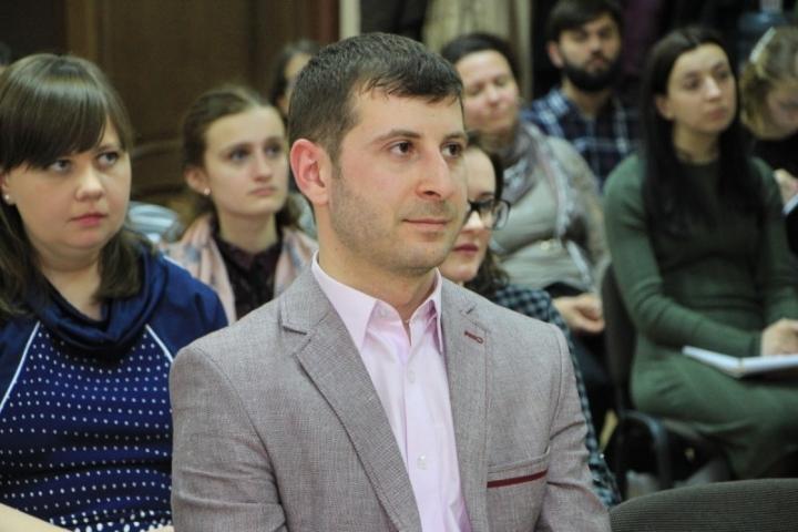 Завдання журналіста — розповідати про віру, а не проповідувати її, — Ділявер Саідахметов