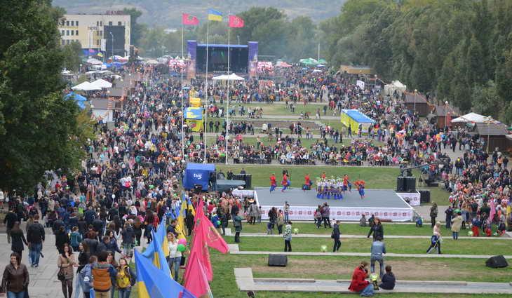 Мусульмани Запоріжжя взяли участь у ярмарку з нагоди Дня міста