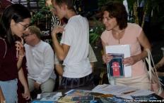 На благотворительном аукционе в Киеве собирали средства на подарки украинским политзаключенным