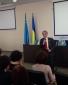 Лідер кримськотатарського народу Мустафа Джемілєв під час дискусії на Міжнародному молодіжному форумі «Майбутнє Криму»