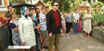 Чеченські добровольці Осмаєв та Окуєва стали першими, хто отримав нагороду імені Марка Паславського