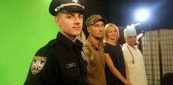 У відео донорів, які сповідують Іслам, підтримали воїн, поліцейський, лікар і громадський діяч