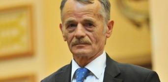 У День АР Крим Джемілєв закликав співвітчизників не полишати півострів
