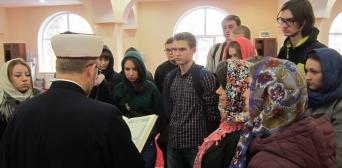 Студентам університету Грінченка провели заняття з Ісламу в ІКЦ Києва