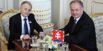Джемілєв заручився словами підтримки Президента Словаччини щодо Криму