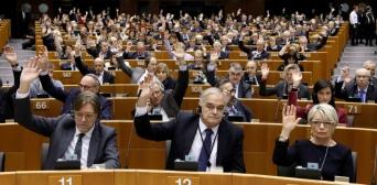Європарламент закликає РФ припинити беззаконня в Криму