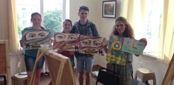 Маріупольські волонтери арт-терапевти просять про допомогу