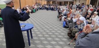 Дві тони м'яса роздано в Ісламському культурному центрі Києва в другий день свята Курбан-байрам