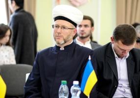 Ukrayna'da Kırım ve Donbaslı 100 bin Müslüman sığınmacı var