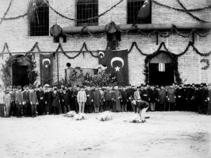 Кримські татари в суспільно-політичному житті Османської імперії. Частина друга