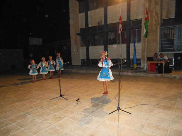 Исполнение народной иорданской песни