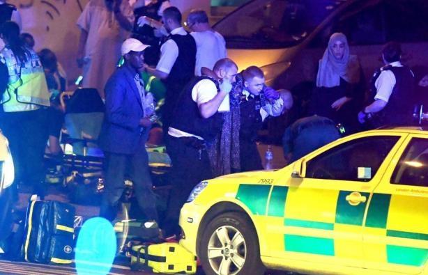 Чоловік, що врізався у прихожан біля мечеті в Лондоні — уродженець Британії Даррен Осборн