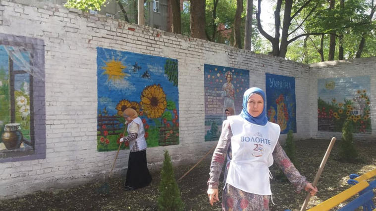 Muslims and Christians: Fruitful Cooperation at a Work Party at Kharkiv Hospital