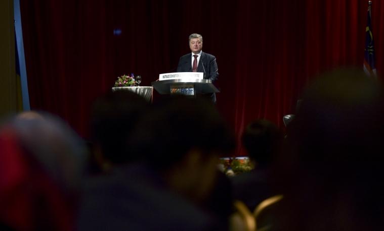 Президент України з офіційним візитом в Малайзії і планує нанести державний візит до Індонезії
