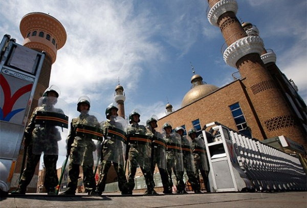 Китайська влада продовжує обмежувати права мусульман