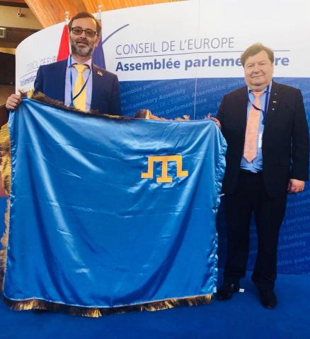 фейсбук: Георгій Логвинський та Еммануеліс Зінгеріс в ПАРЄ