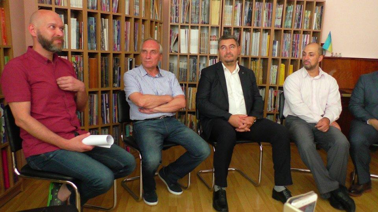 Тарік Сархан на панельній дискусії з міжрелігійних стосунків: «Ми повинні вирости з рівня діалогу на рівень співпраці»