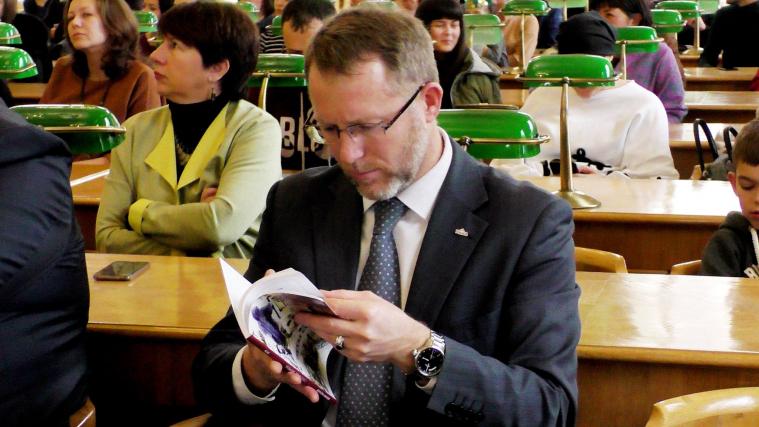 Презентовано шосту книгу молодого кримськотатарського письменника