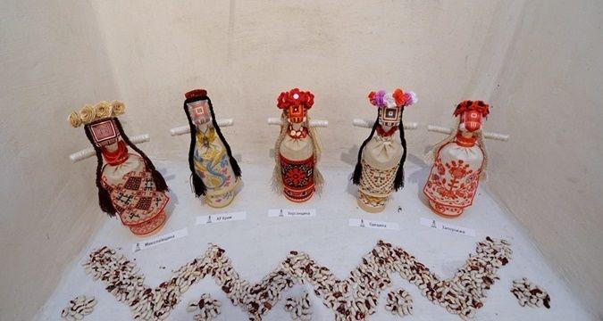 Кримськотатарська вишивка золотом — найскладніша, — майстрині-українки