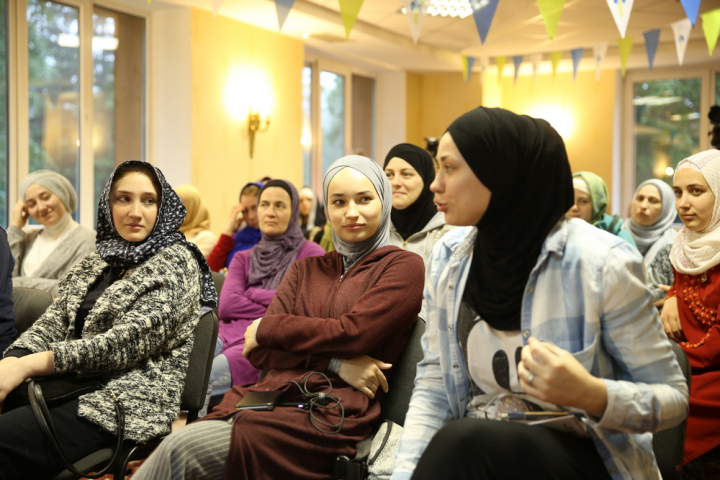 New Muslimahs Camp: Even Non-Muslimahs Asked to Join!