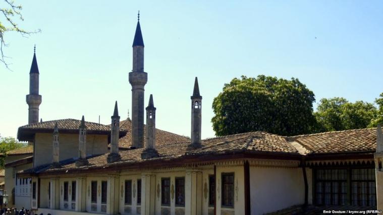Ханський палац у Бахчисараї можуть зруйнувати під приводом реконструкції, — Смедляєв