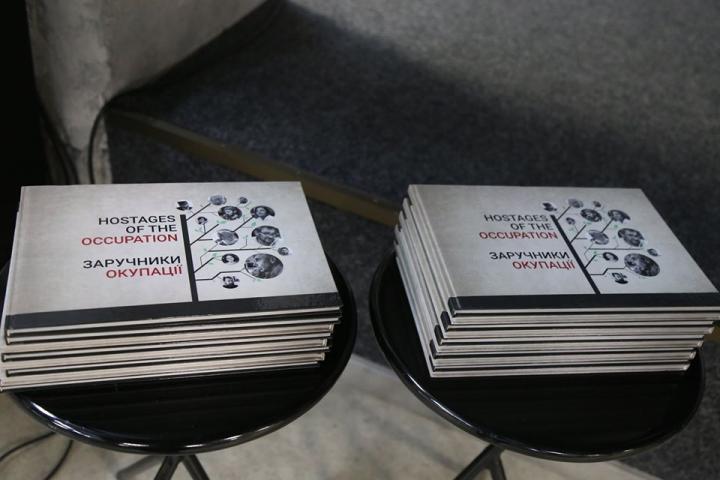Ескендер Барієв/фейсбук: 10.03.20, Вінниця. Відкриття виставки «Заручники окупації»