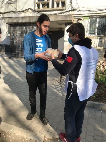 ©️ Исламский культурный центр Днепра — мечеть/Фейсбук: ІКЦ Дніпра та турецька діаспора готують та розвозять обіди нужденним