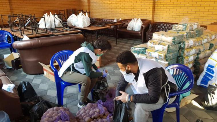 Кампания «Единое тело» продолжается: в столичном ИКЦ очередной раз раздавали продукты семьям малоимущих мусульман