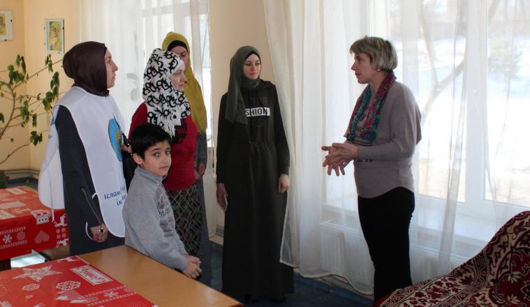 Львовские мусульманки привезли подарки подопечным детдома в Самборском районе