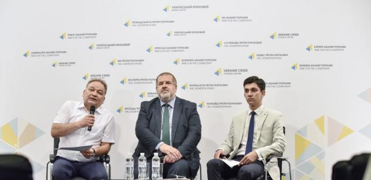 За перше півріччя в окупованому Криму зафіксували 66 обшуків у будинках кримчан