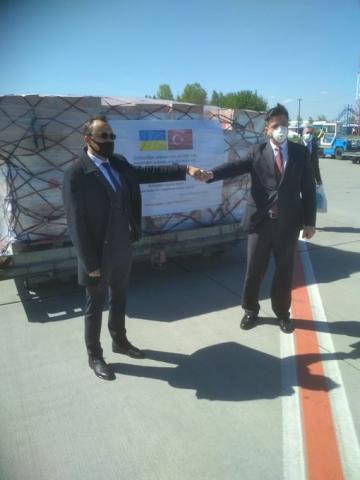©️Vasyl Bodnar/Twitter: 08.05.20р., Туреччина надіслала Україні протиепідемічні засоби