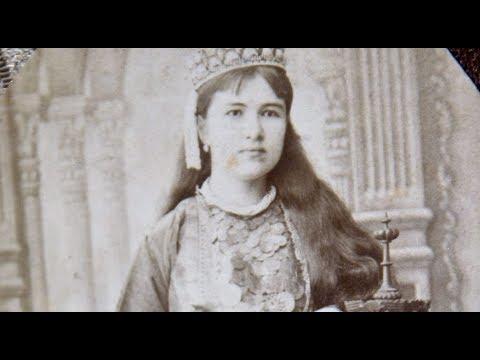 Першої мусульманкою, яка отримала диплом лікаря у Російській імперії, була кримська татарка Зейнеп Булгакова