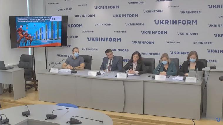 Росія в Криму порушує Женевську конвенцію — за час окупації до російського війська призвано щонайменше 25 тис кримчан