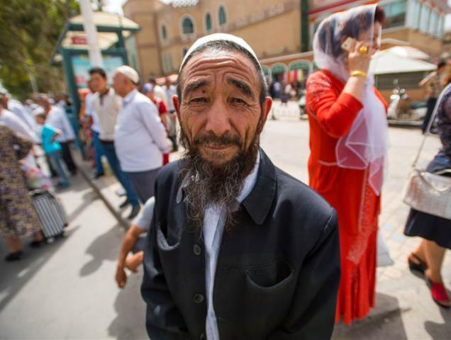 Уйгурские мусульмане притесняются властями Китая