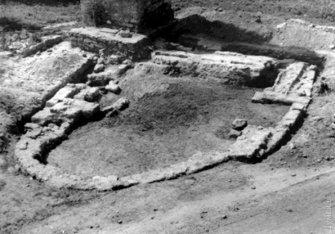 В Аккерманской крепости идут раскопки остатков османской мечети