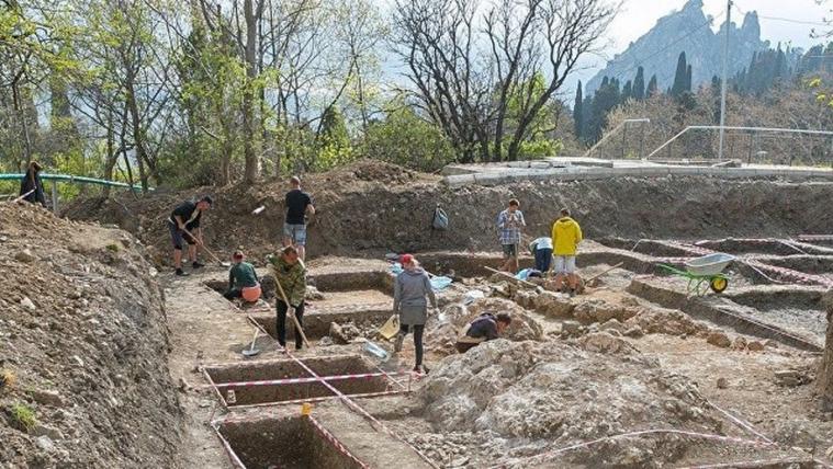 Розкопки палацу калга-султана