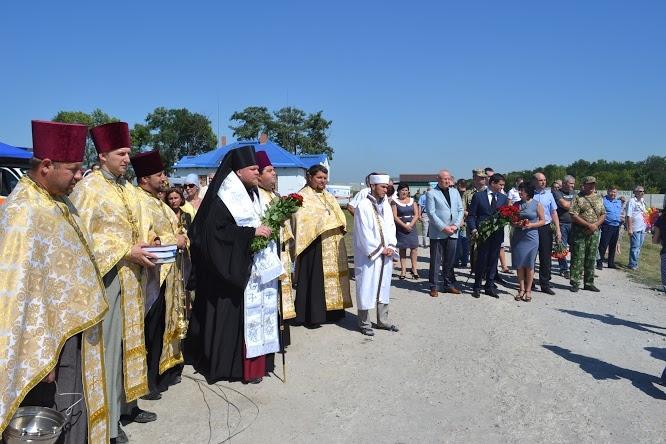 Церемония захоронения бойцов, погибших в АТО