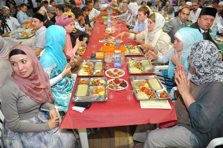 Мусульманские традиции в питании будут определять мировые тренды потребления по религиозным признакам, — Алекс Лисситса