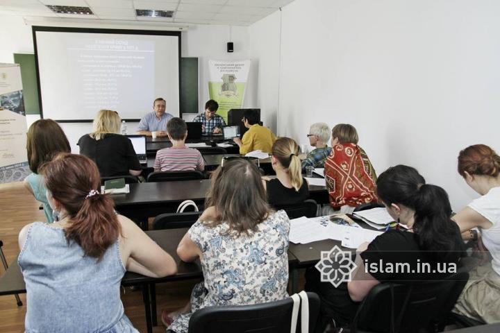 «Французский день» и пикник на природе — работа V Школы исламоведения продолжается