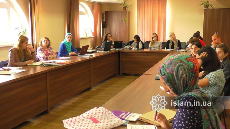 Development of Oriental and Islamic Studies in Ukraine in 1920s is among the topics of the VII International School for Islamic Studies