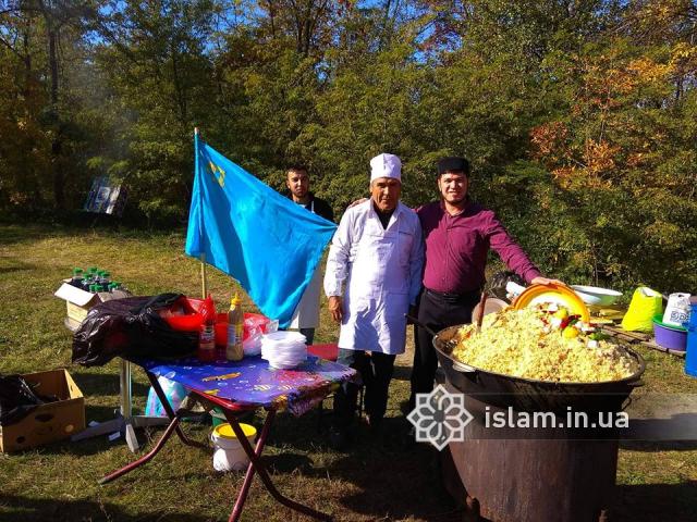 Фестиваль «Единая семья», Запорожье, Хортица. У локации общества «Ана-Юрт»