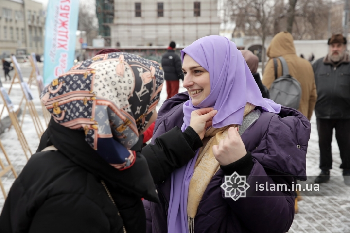 HIJAB DAY'S A GOOD REASON TO PRESENT HEADSCARVES